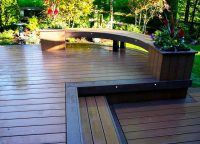 Curved-deck-livonia